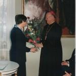 Podczas uroczystości 5-lecia Uczelni. Rektor J. Hrynkiewicz i Biskup J. Zawitkowski - Radziejowice - czerwiec 2001 rok
