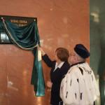Odsłonięcie pamiątkowej tablicy z okazji nadania Uczelni imienia prof. Szczepana A. Pieniążka